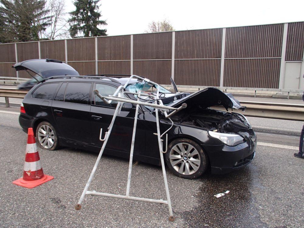 Bilder von der Unfallstelle (Bild: © Kantonspolizei Aargau)