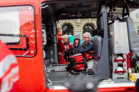 Besichtigung des neuen Rettungshelikopters H145