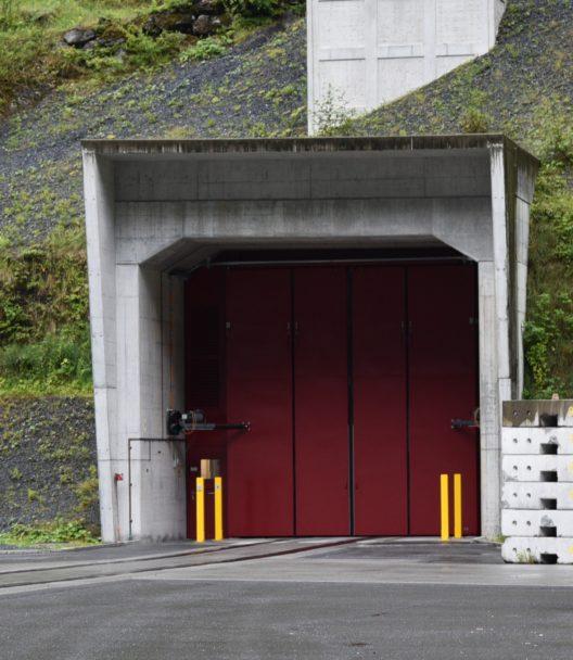 Gesicherter und geschützter Zugang zum unterirdischen Stollensystem