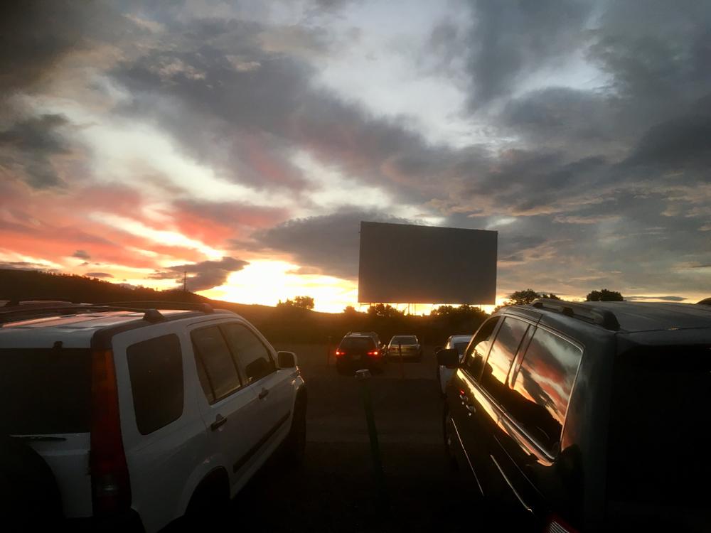 Kinoerlebnis im Auto (Bild: lrterry78 - shutterstock.com)