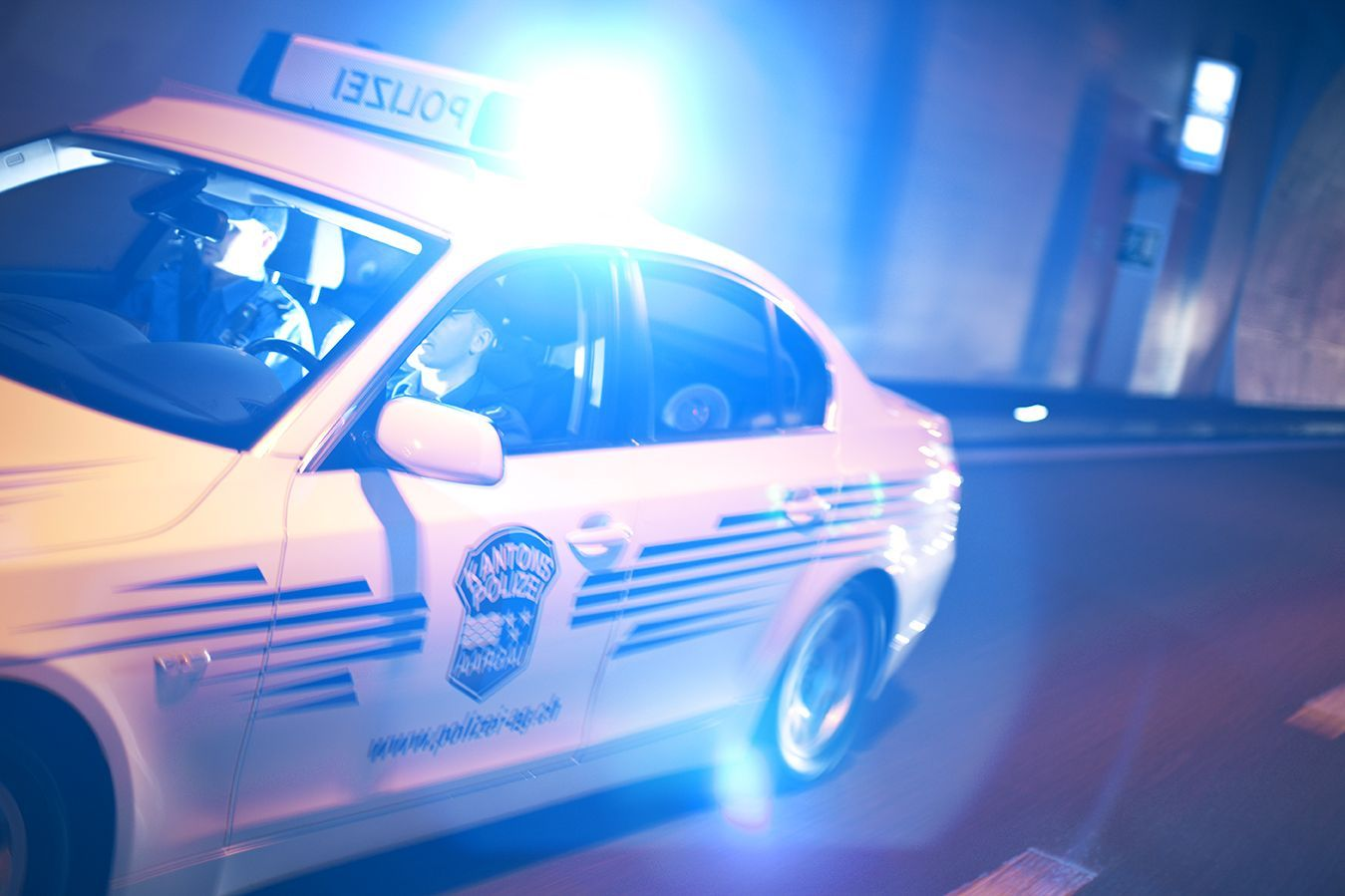 Die Mobile Polizei ist Tag und Nacht auf den Strassen des Kantons unterwegs (Bildquelle: Kapo AG).