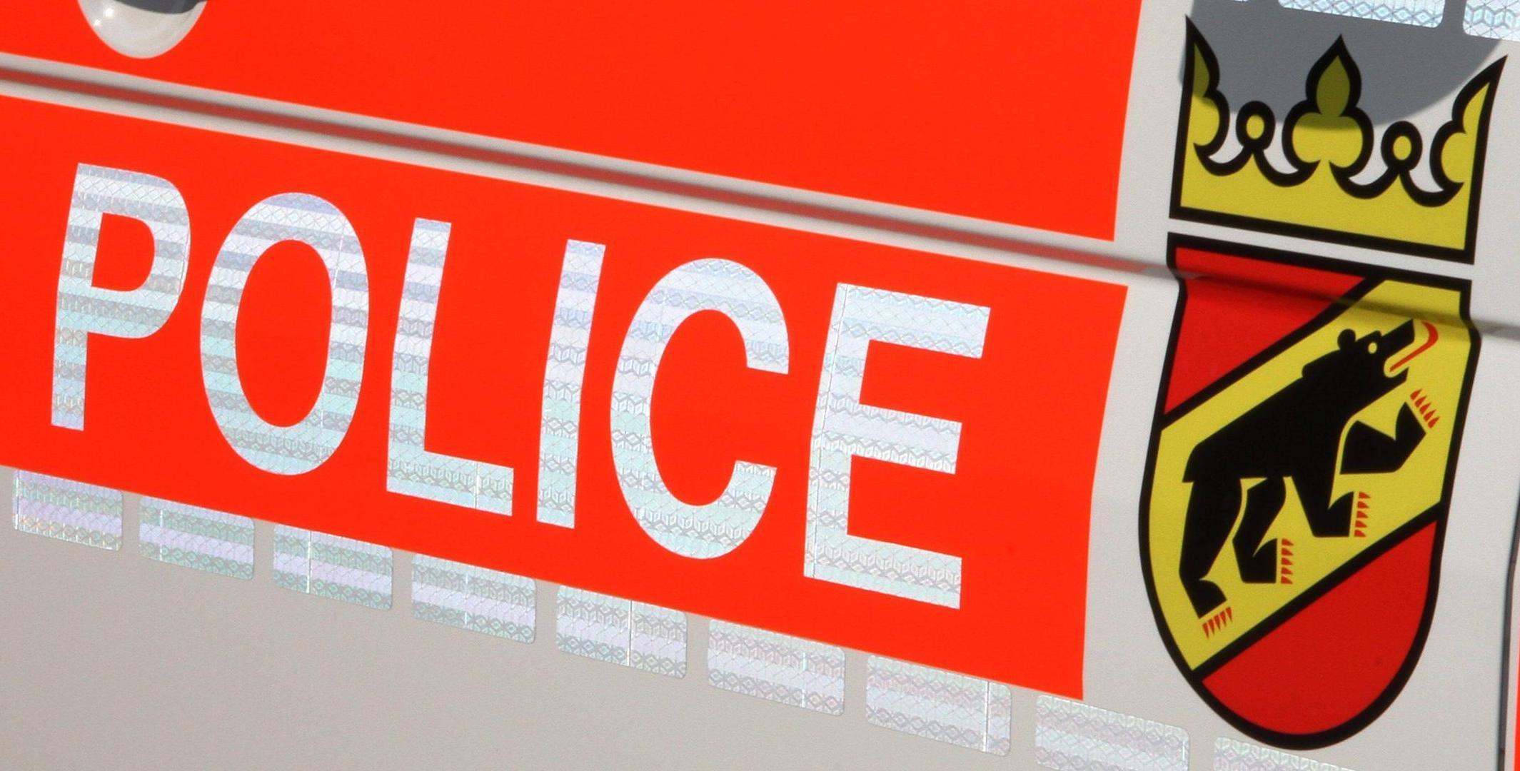 Die Polizei im Kanton Bern kümmert sich um einen reibungslosen Ablauf im Verkehr. (Bildquelle: Kapo Bern)