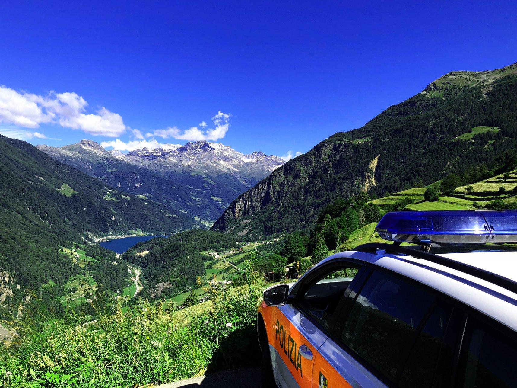 Die Polizei In Graubünden kümmert sich um die Sicherheit von Bürgerinnen und Bürgern, Feriengästen und anderen Besuchern des Kantons. (Bildquelle: Kapo Graubünden)