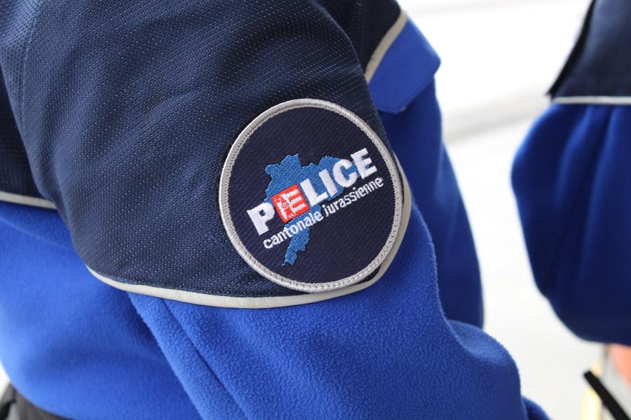 Die Polizei im Kanton Jura kümmert sich um die Sicherheit und den Schutz der Bevölkerung. (Bildquelle: Kapo Jura)