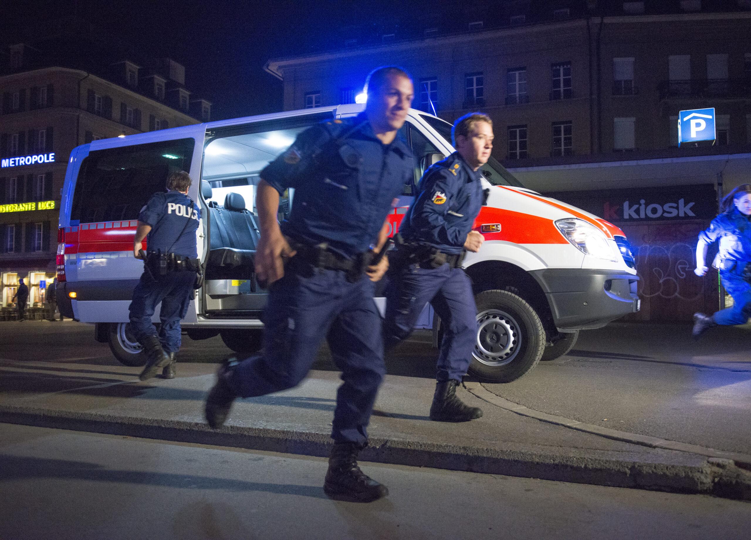 Im Notfall sind die Mitarbeitenden der Polizei in Bern sofort für die Bevölkerung im Einsatz. (Bildquelle: Kapo Bern)