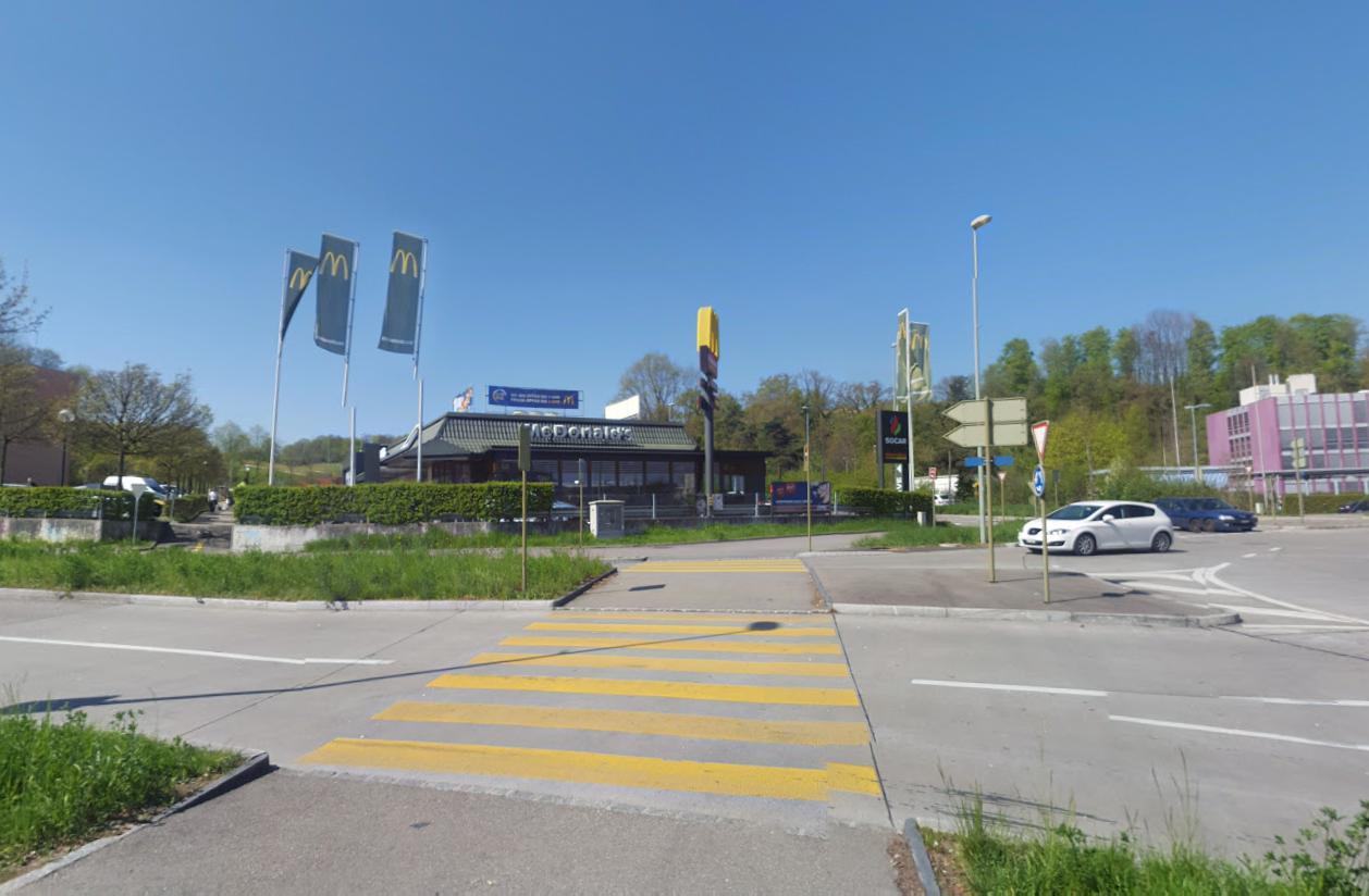 Mc Donald's in Münchenstein BL